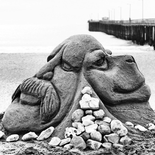 Back2Back_Sand Sculpture