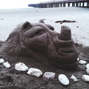 Rhino_Sand Sculpture